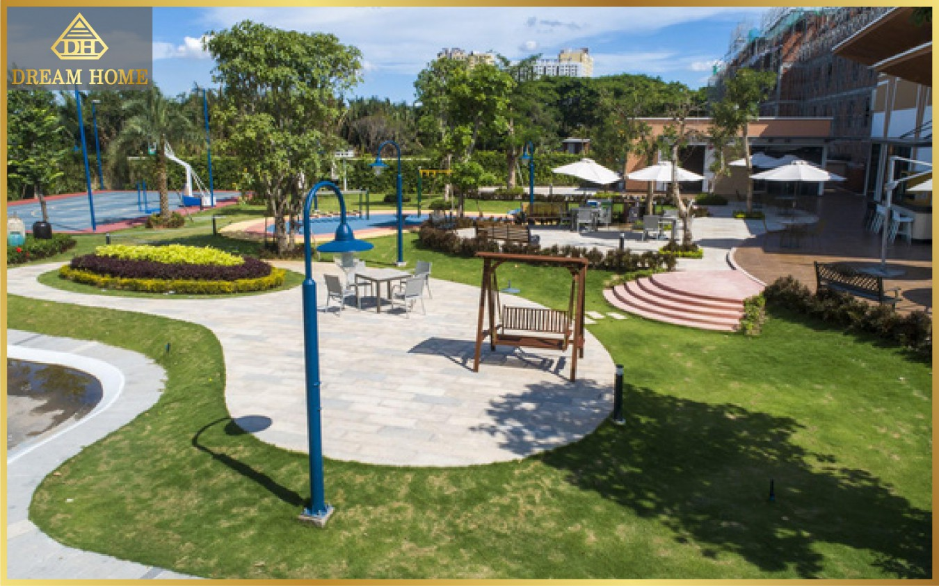 Mảng xanh và tiện ích lên đến 16.000m2 là một trong những điểm nhất độc đáo của quần thể nhà liên kế & biệt thự Verosa Park.