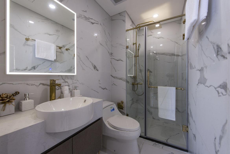 toilet-phong-khach-nha-mau-du-an-Sunshine-Horizon